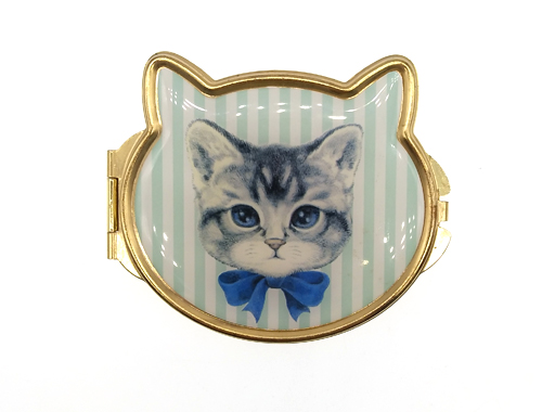 日本宝岛社千挑万选 终于选定大爱饰家为其生产礼品猫猫小镜子!